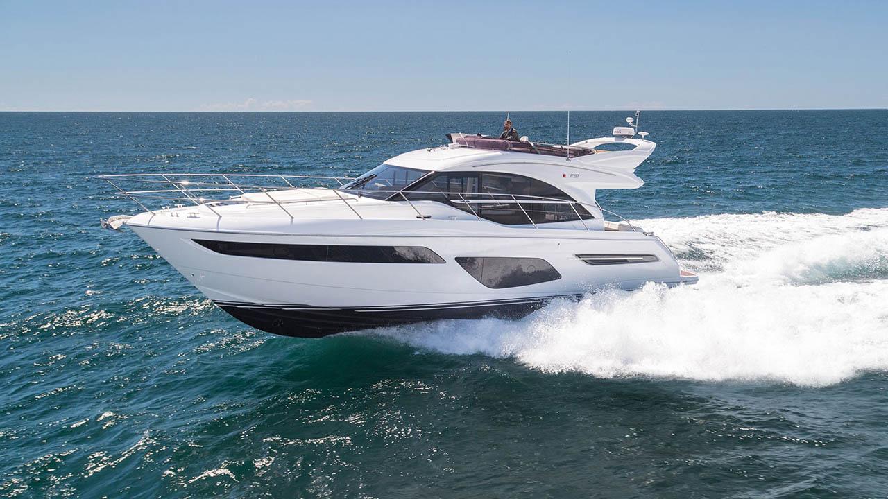 1-f50-exterior-white-hull-01