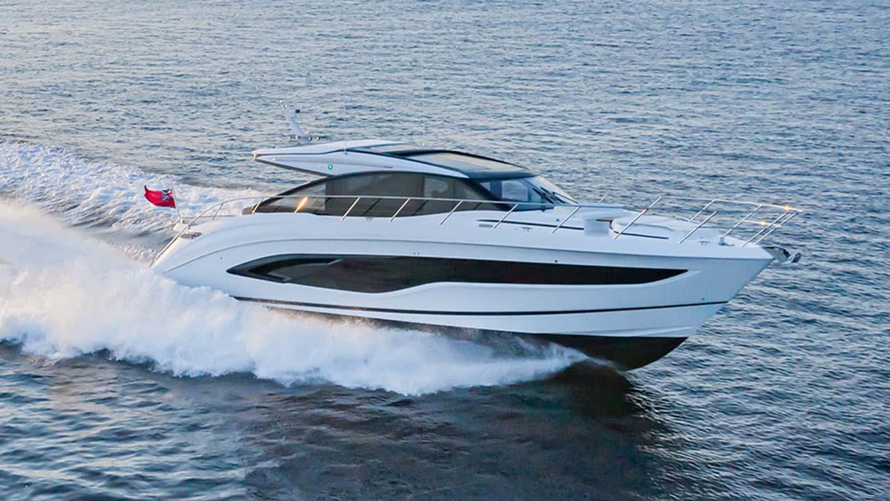 1-v55-exterior-white-hull-31