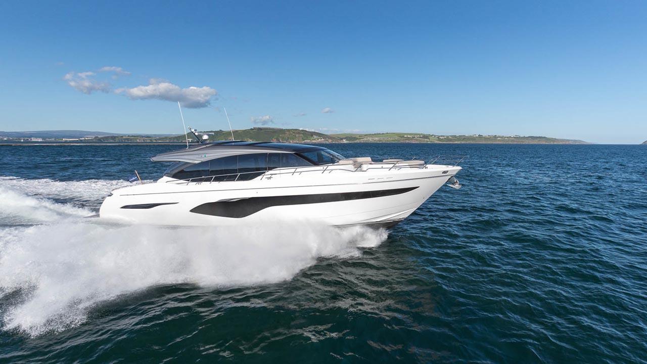 1-v78-exterior-white-hull-05