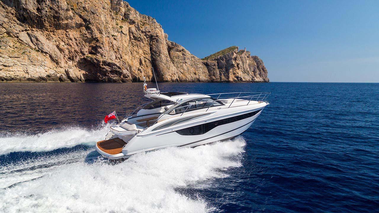 4-v40-exterior-white-hull-2a