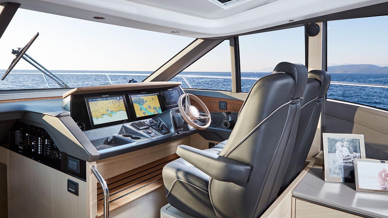4-v60-interior-helm-alba-oak-satin