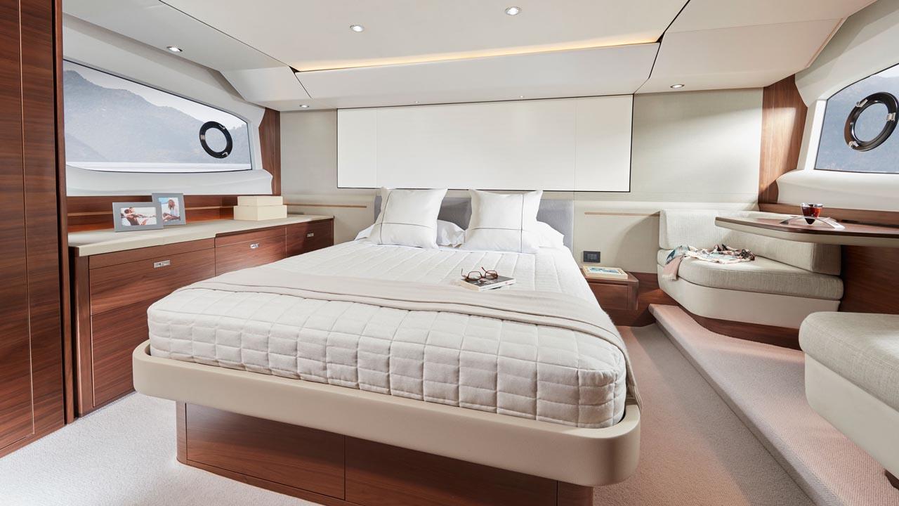 5-Princess-55-interior-owners-stateroom-walnut-satin-(2)