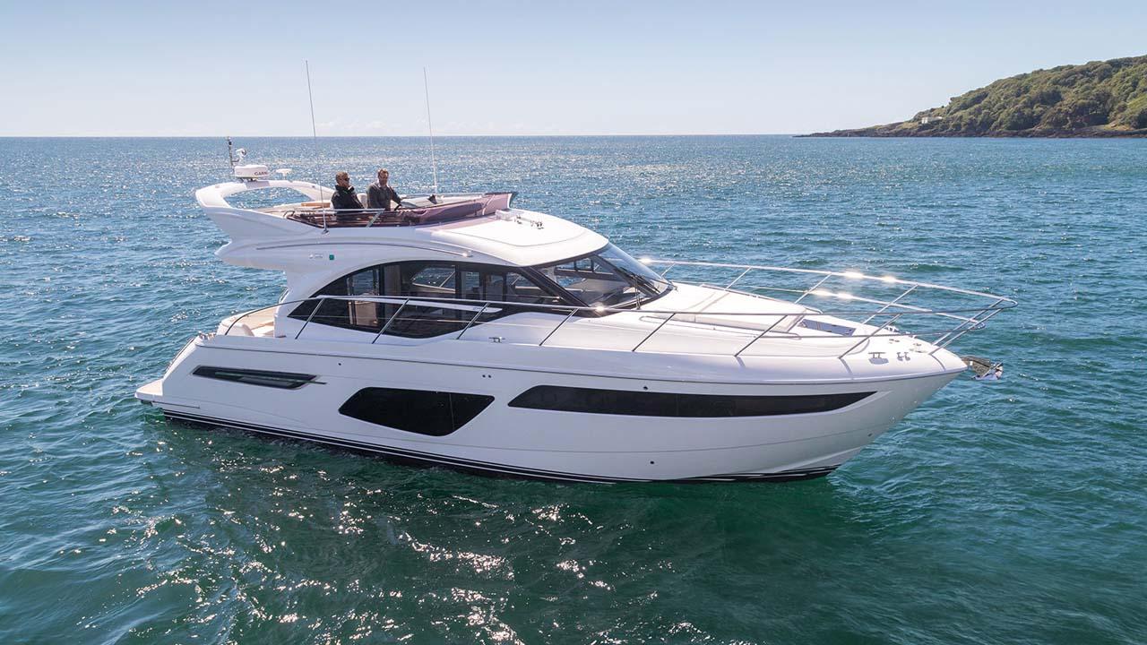 5-f50-exterior-white-hull-11