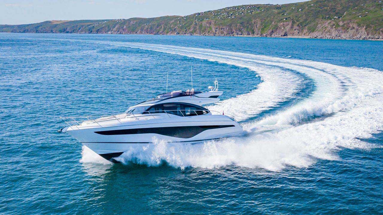 5-s62-exterior-white-hull-4