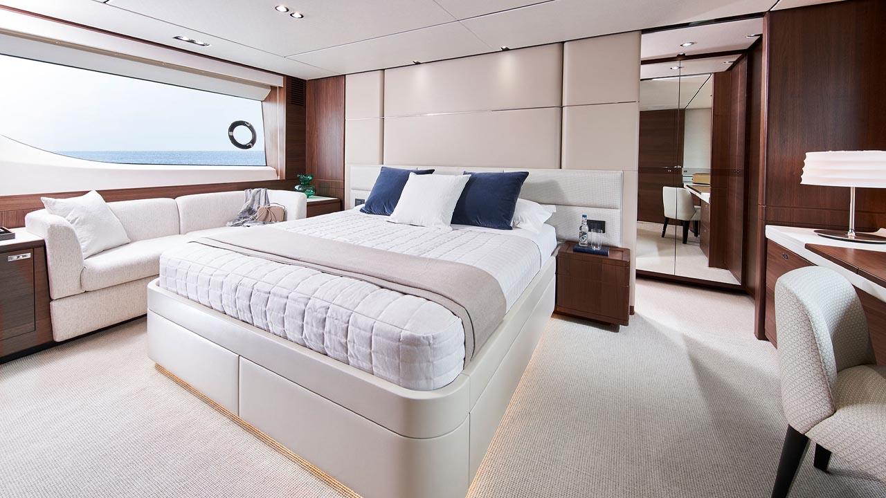 5-y78-interior-owners-stateroom-walnut-satin