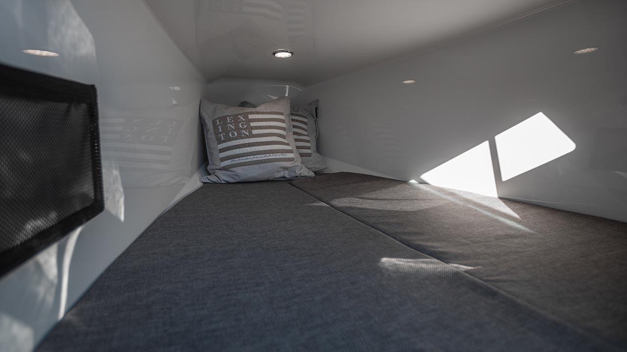605 Noblesse details - cabin