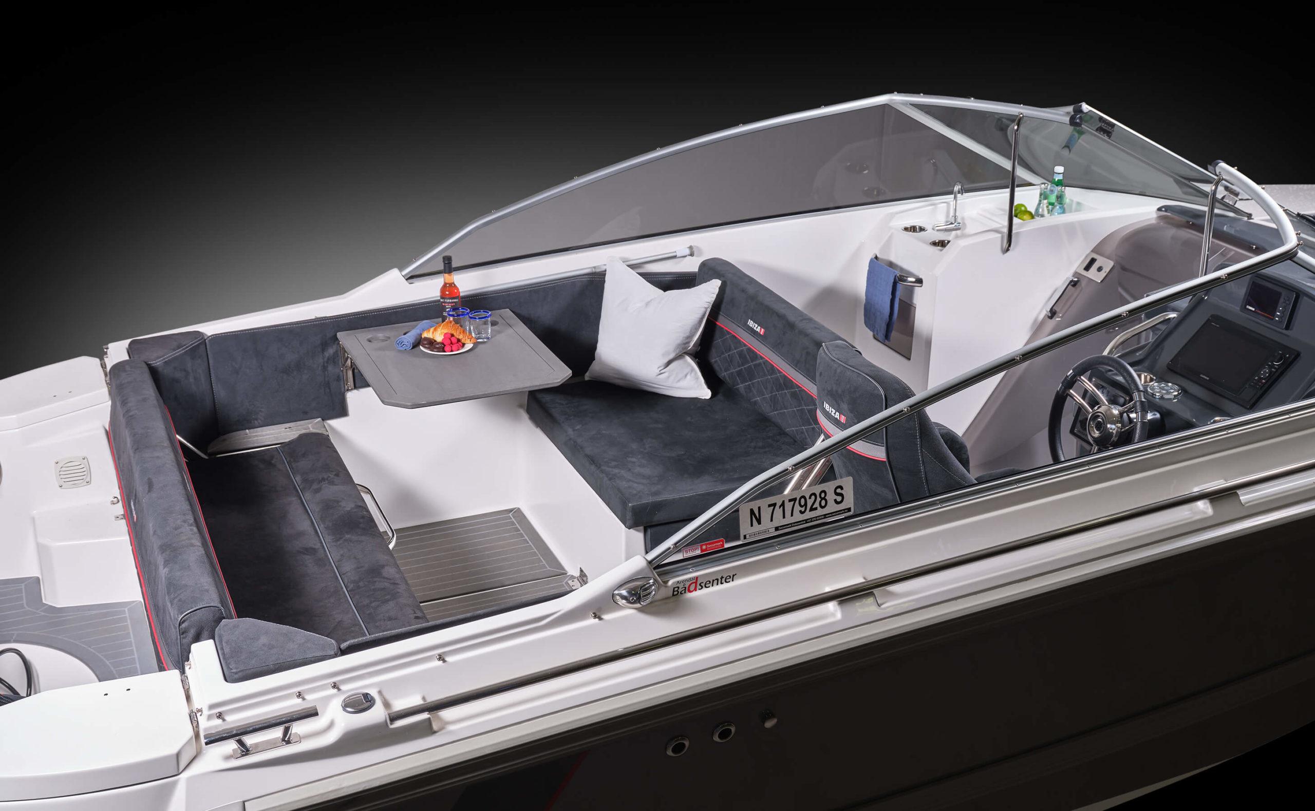 640T_cockpit_DSCF1057