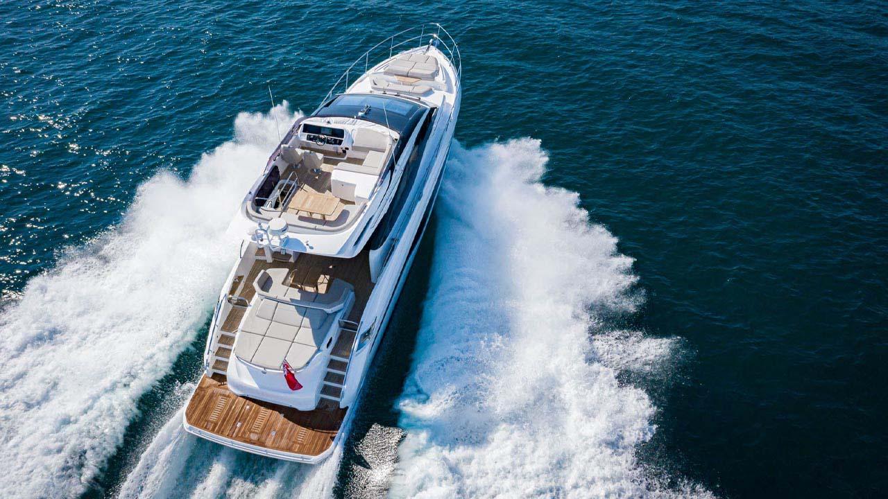 8-s62-exterior-white-hull-7