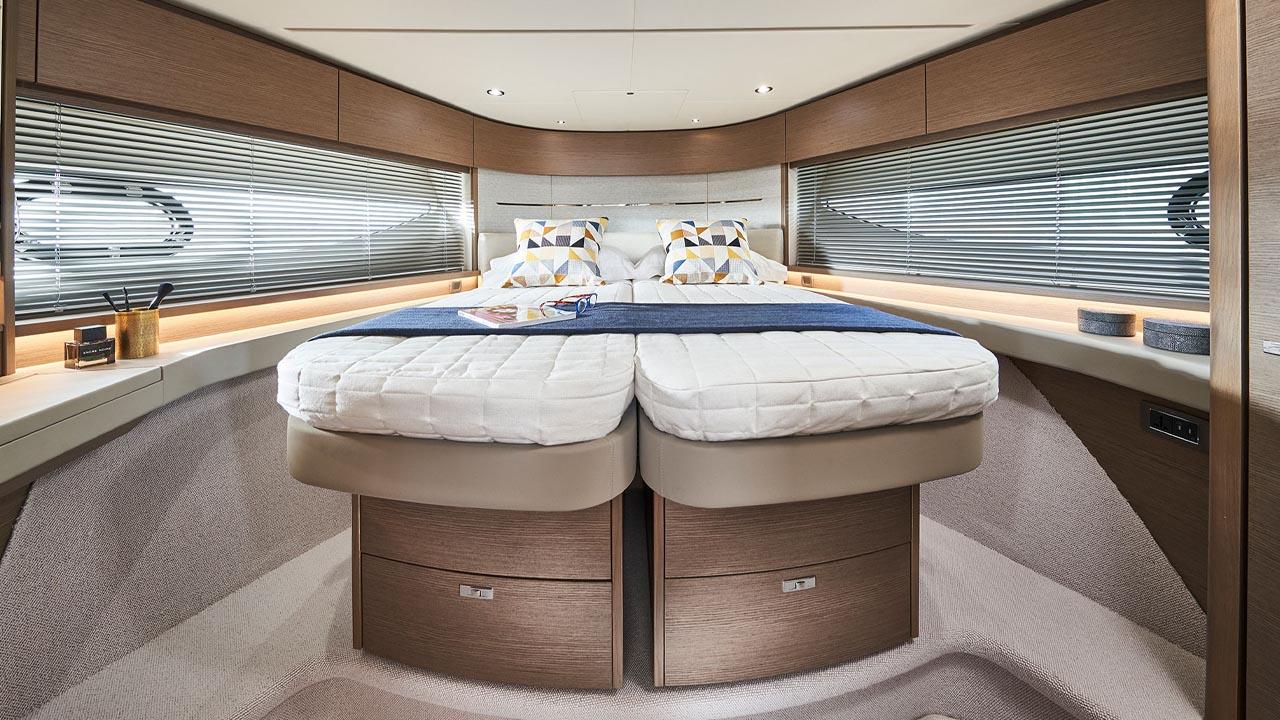 8-v55-interior-forward-guest-cabin-double-bed-silver-oak-satin