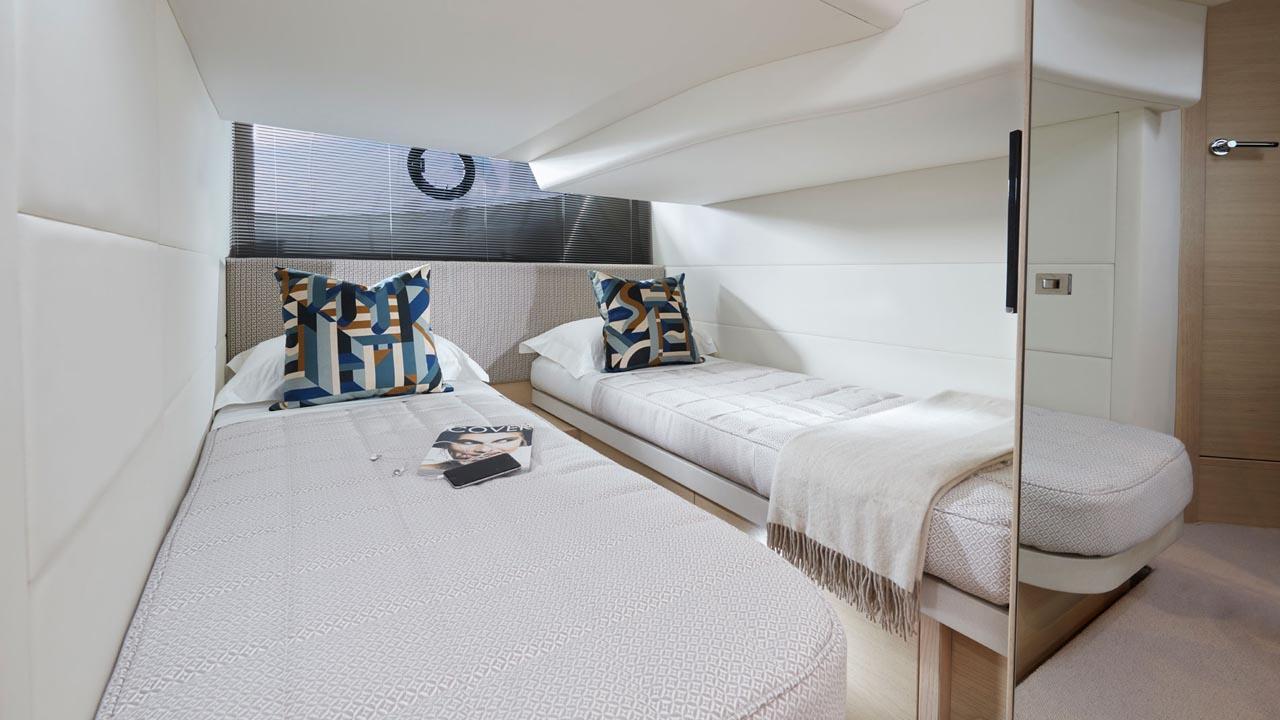 9-Princess-V40-interior-aft-cabin-alba-oak-satin