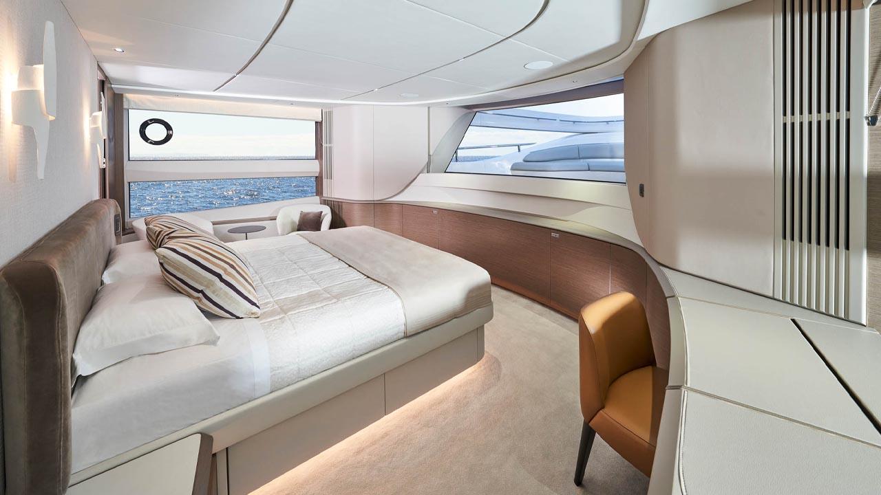 9-x95-slot-3-interior-master-stateroom-1