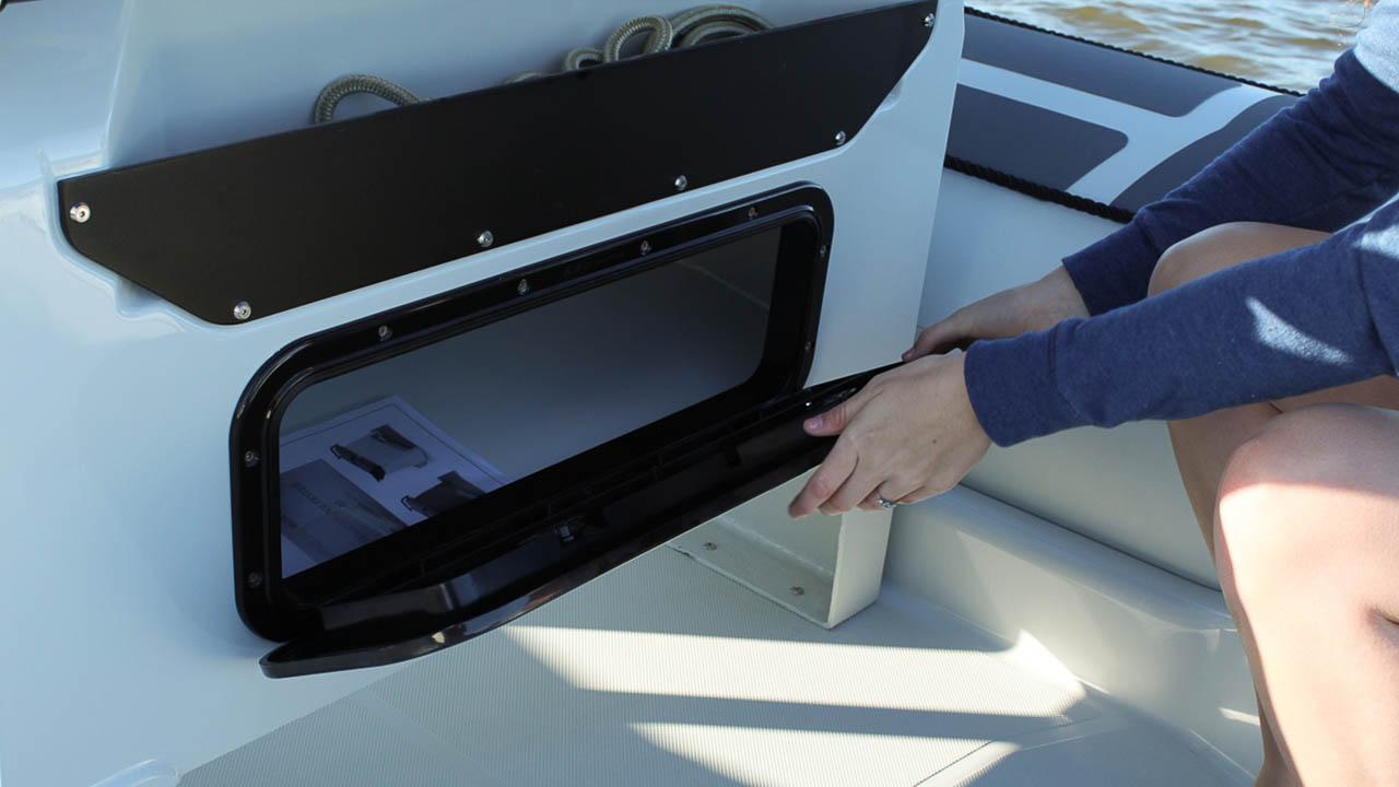 LR_Pro 6.5 console seat hatch