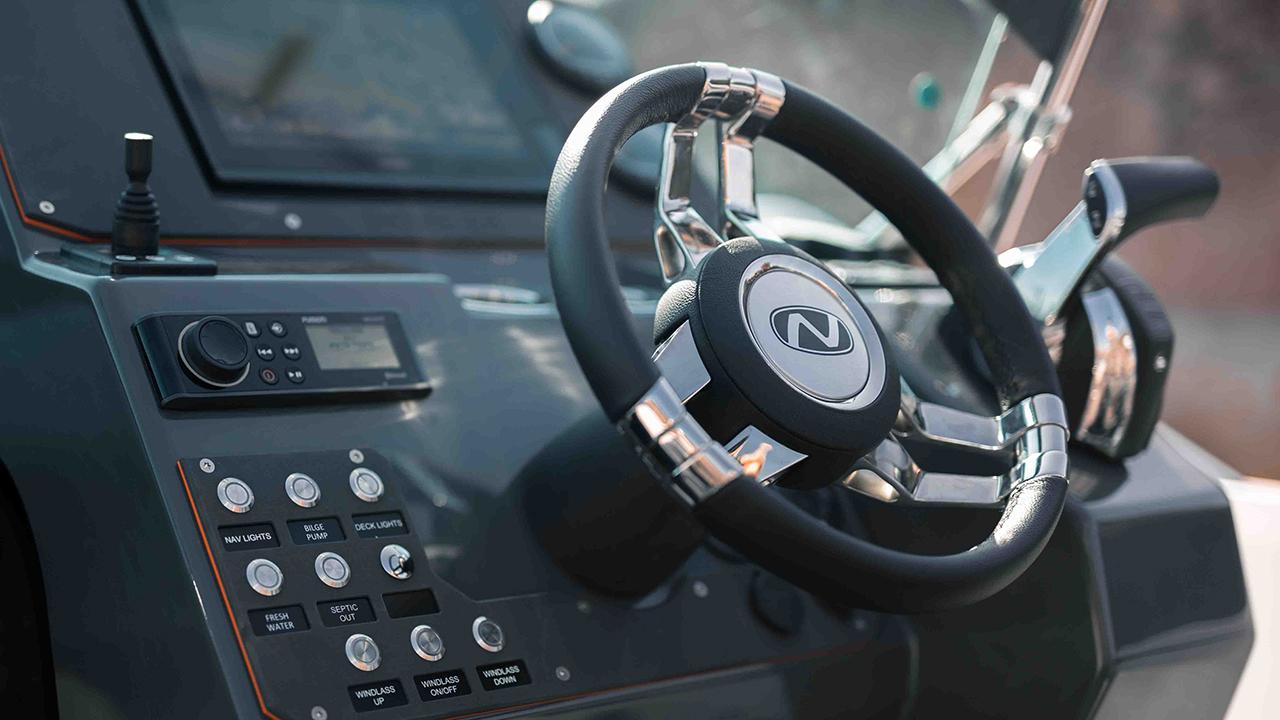 LR_Enduro 805 details - cockpit dashboard