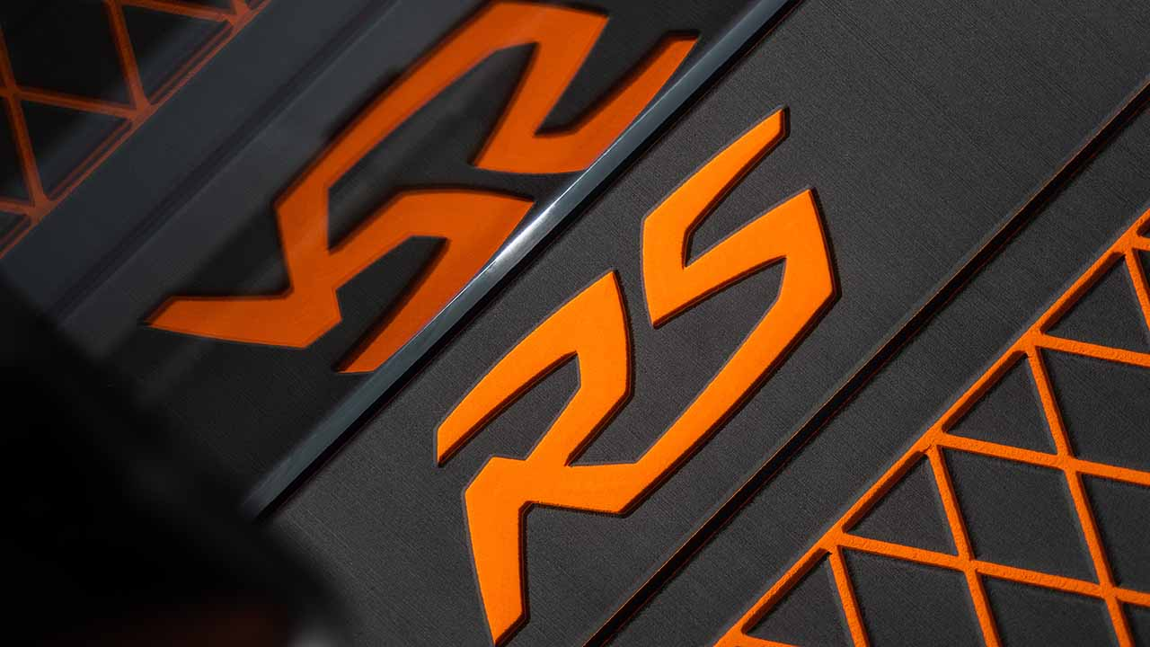 RS 800 C RS logo