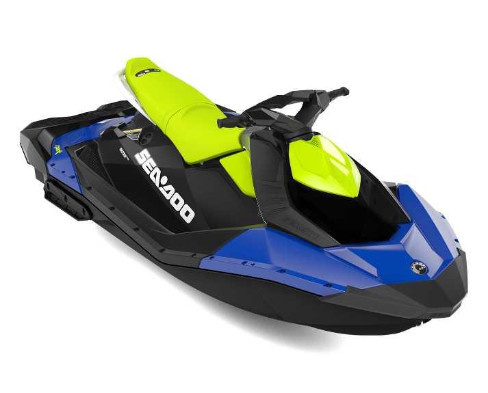 SEA-MY21-RECLT-Spark-90-3UP-Dazzling Blue-Manta Green-34FRT-HR