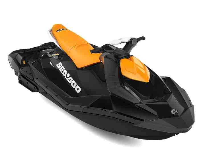 SEA-MY21-RECLT-Spark-90-3UP-Orange-Crush-Deep-Black-34FRT-HR