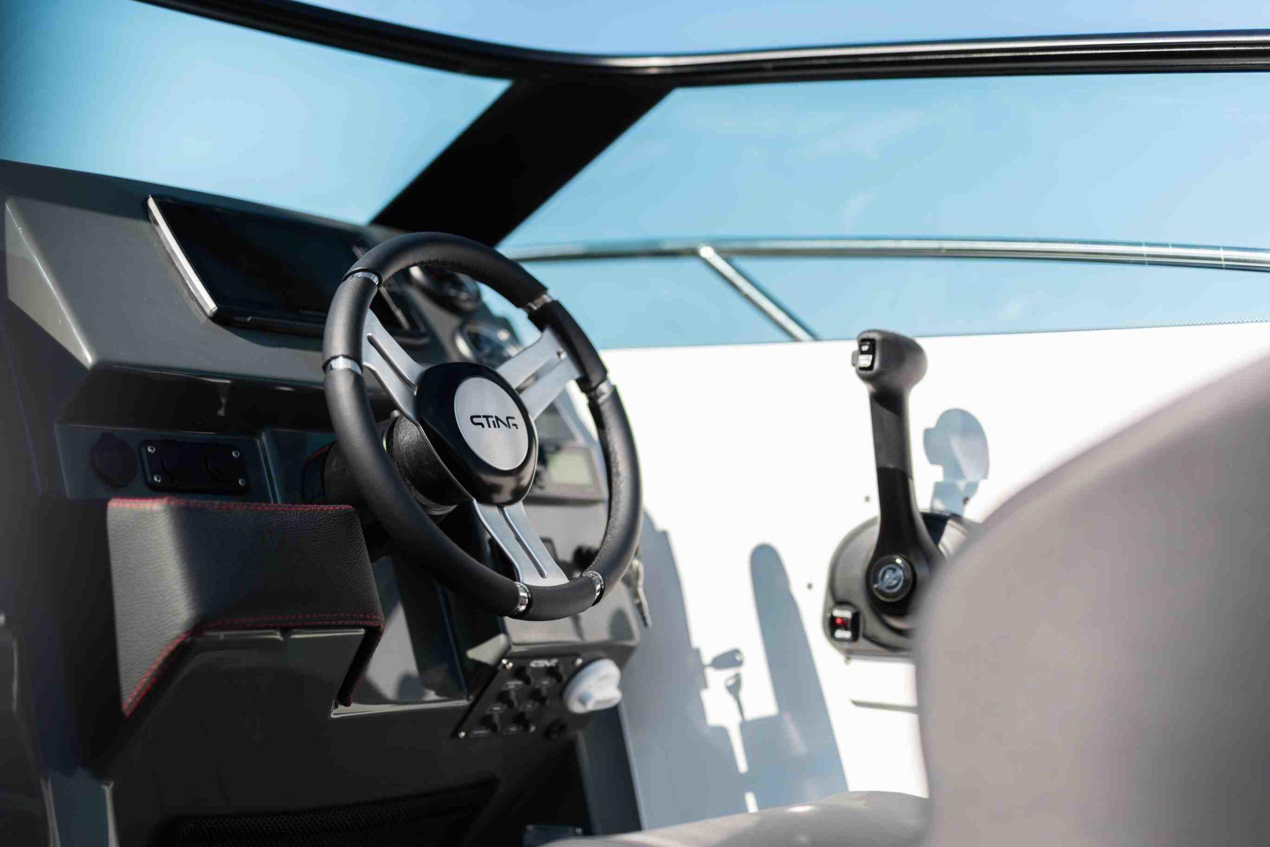 Sting 610 DC details - cockpit