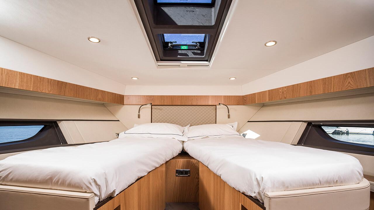 Targa 53 GT Interior 3311